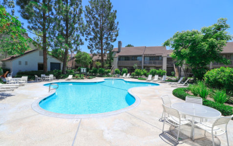 beautiful house located at Unit I, 10550 Lakeside Dr N, Garden Grove, CA 92840